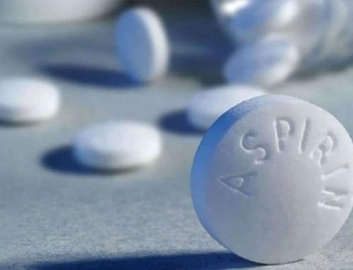 Aspirina podría ayudar en la esclerosis múltiple, según estudio en ratones.
